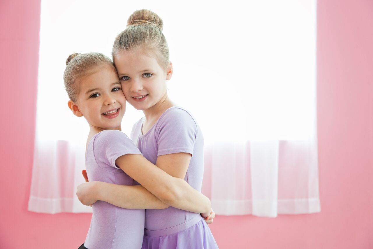 Making friends at Ballet Class at Footprints Dance Centre